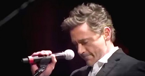 Robert Downey chanter sting