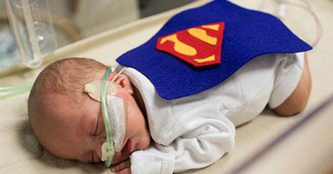 bebe-super-hero
