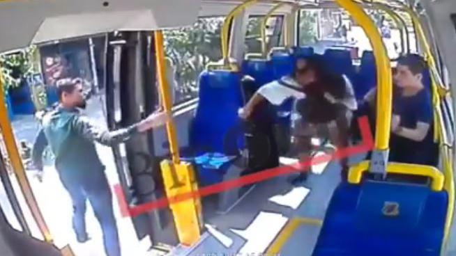 giffle bus
