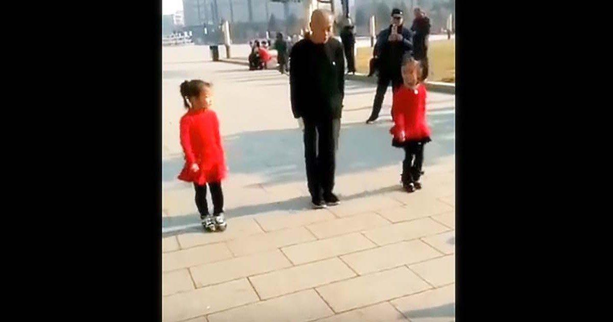 Le grand-père s'aligne avec ses 2 petites filles, leur danse unique illumine l'Internet