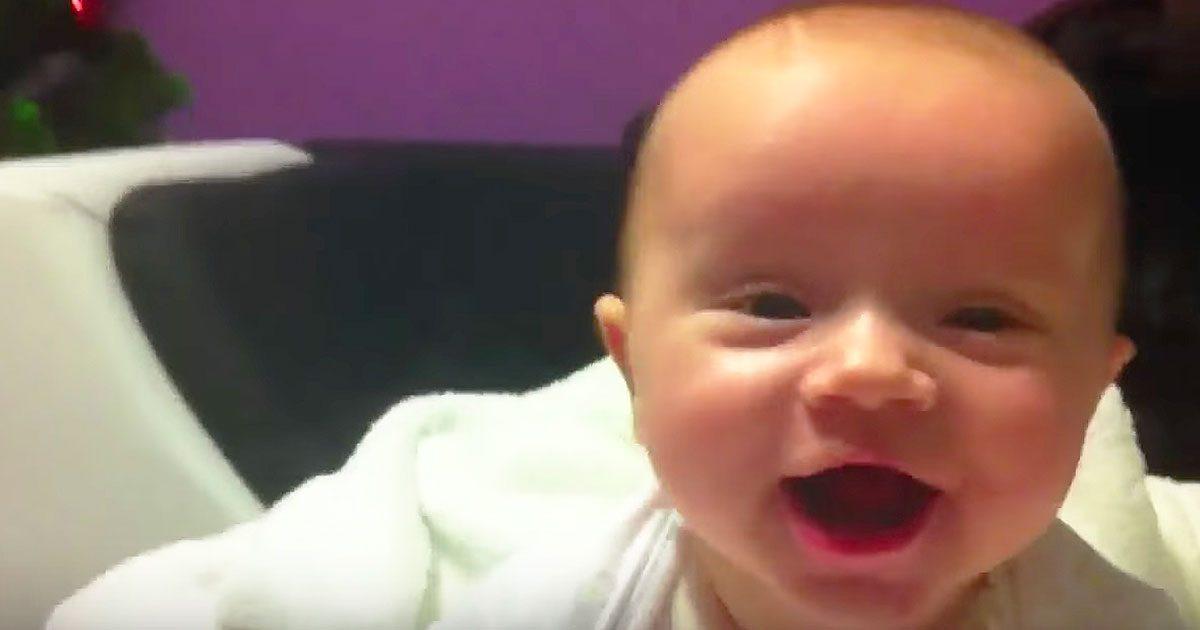 Maman laisse papa à la maison avec le bébé souriant, mais quand elle revient le visage du bébé a été changé